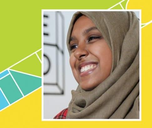 Jannat Ahmed, un o feirniaid llyfrau Saesneg Gwobrau Tir na n-Og 2021